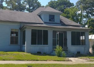 Foreclosed Home in 28TH AVE, Meridian, MS - 39301