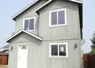 Foreclosed Home in SW METOLIUS PL, Redmond, OR - 97756