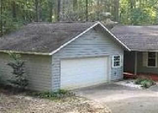 Foreclosed Home en KINGSWOOD DR, Westminster, SC - 29693