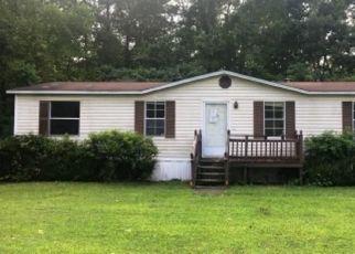 Foreclosed Home en MARYLAND AVE, Windsor, VA - 23487