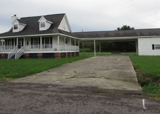 Foreclosed Home in CHESTER LEE ST, Larose, LA - 70373