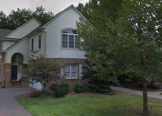 Foreclosed Home en NEFF RD, Grosse Pointe, MI - 48230