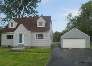 Foreclosed Home en RIDGE RD, Lewiston, NY - 14092