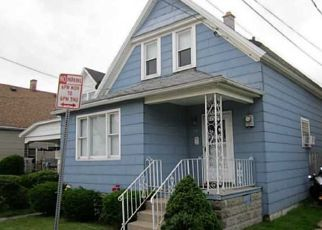 Foreclosed Home en WEIMAR ST, Buffalo, NY - 14206