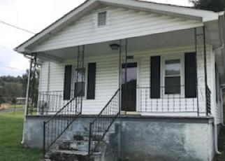 Foreclosed Home en RICH VALLEY RD, Bristol, VA - 24202