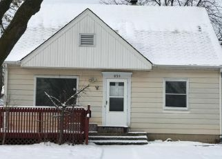 Foreclosed Home in S 74TH ST, Milwaukee, WI - 53214