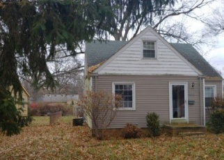 Foreclosed Home en LUANN AVE, Toledo, OH - 43623