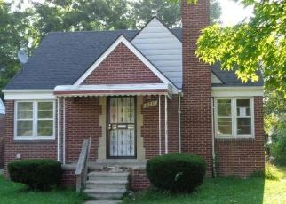 Foreclosed Home in W PARKWAY ST, Redford, MI - 48239
