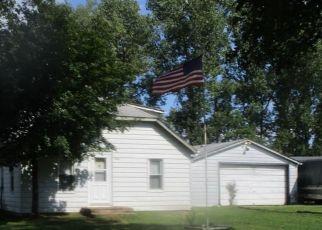 Foreclosed Home en HANNAN RD, Romulus, MI - 48174