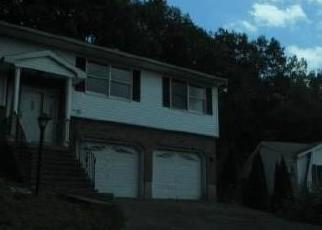 Foreclosed Home in HIGH RIDGE RD, Naugatuck, CT - 06770