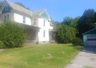 Foreclosed Home en WARREN ST, Hudson Falls, NY - 12839