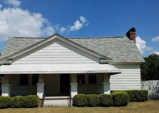 Foreclosed Home en NAPLES AVE, Cayce, SC - 29033