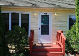 Foreclosed Home in JANE DR, Manahawkin, NJ - 08050