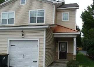 Foreclosed Home in MATHIS PL, Virginia Beach, VA - 23462