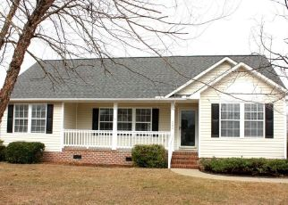 Foreclosed Home in IRON CREEK DR, Washington, NC - 27889