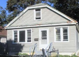 Foreclosed Home en WILLIAM ST, Roosevelt, NY - 11575