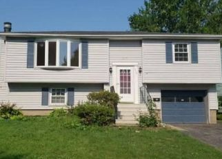 Foreclosed Home in RIDGEWOOD RD, Rochester, NY - 14626