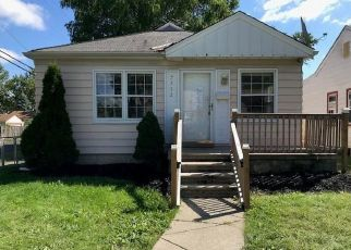 Foreclosed Home en DOLPHIN, Redford, MI - 48239