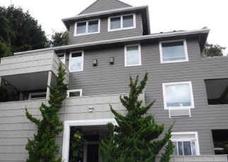Foreclosed Home in SW MONTGOMERY ST, Portland, OR - 97201
