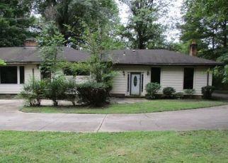 Casa en ejecución hipotecaria in Chagrin Falls, OH, 44022,  CHAGRIN BLVD ID: F4296185
