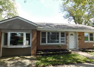 Foreclosed Home en W 115TH ST, Worth, IL - 60482