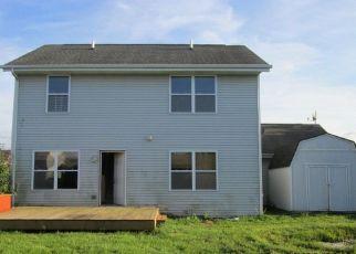 Foreclosed Home in ALLENHURST LN, Rockford, IL - 61101