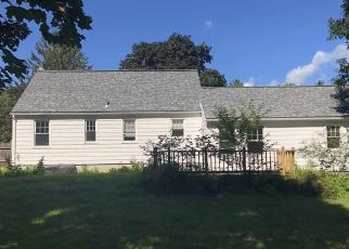 Foreclosed Home in HARLAU DR, Schenectady, NY - 12302