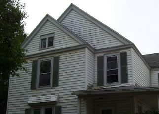 Foreclosed Home en ELIZABETH ST, Oneida, NY - 13421