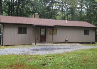 Foreclosed Home en PORKCHOP HILL LN, Broadway, VA - 22815