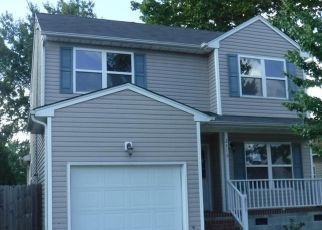 Foreclosed Home en GALE AVE, Chesapeake, VA - 23323