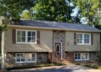 Foreclosed Home in QUAIL HARBOUR DR, Johnson City, TN - 37601