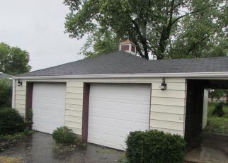 Foreclosed Home in ELK CREEK RD, Middletown, OH - 45042