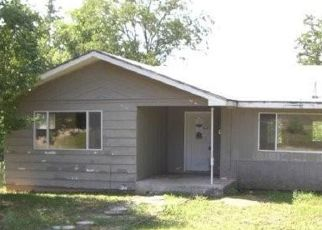 Foreclosed Home en US HIGHWAY 54, Macks Creek, MO - 65786