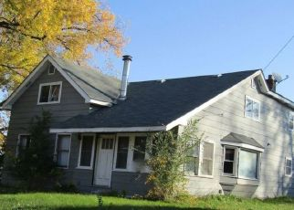 Foreclosed Home en 4TH AVE, Anoka, MN - 55303
