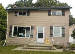 Foreclosed Home en E HENDERSON RD, Owosso, MI - 48867