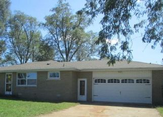 Foreclosed Home in E 4500S RD, Saint Anne, IL - 60964