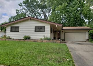 Foreclosed Home en FAIRWAY DR, Springfield, IL - 62704