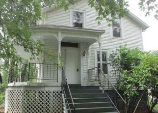 Foreclosed Home in N MAPLE ST, Momence, IL - 60954