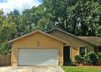 Foreclosed Home en TWIN OAK DR E, Middleburg, FL - 32068