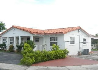 Foreclosed Home en SW 302ND ST, Homestead, FL - 33033
