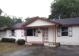Foreclosed Home en PEARL ST, Marianna, FL - 32448