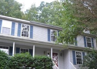 Foreclosed Home in TURKEY ROOST RD, Monroe, CT - 06468