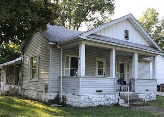 Foreclosed Home in N FRANKLIN ST, Litchfield, IL - 62056