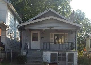 Foreclosed Home in VIRGINIA AVE, Latonia, KY - 41015