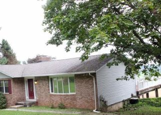Foreclosed Home en JASONTOWN RD, Westminster, MD - 21158