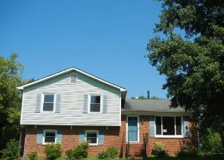 Foreclosed Home in STONEHURST PL, High Point, NC - 27265