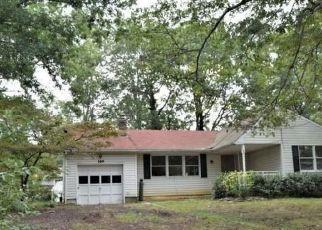 Foreclosed Home in MERMAID DR, Manahawkin, NJ - 08050