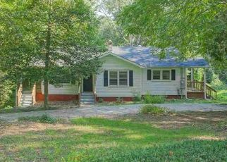 Foreclosed Home en LINCOLN RD, Taylors, SC - 29687