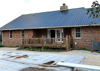Foreclosed Home in LAKEVIEW DR, Bluff City, TN - 37618