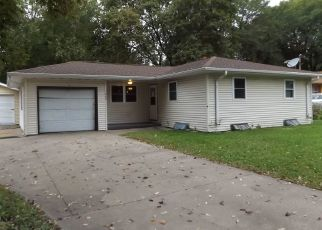 Foreclosed Home en EASTMAN ST, Platteville, WI - 53818